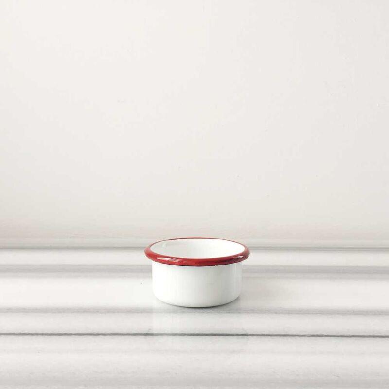 Beyaz Kırmızı İki Kişilik Kahvaltı Seti