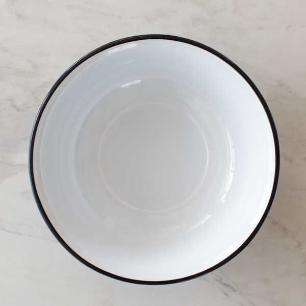 Siyah Emaye Kase - 40 cm.