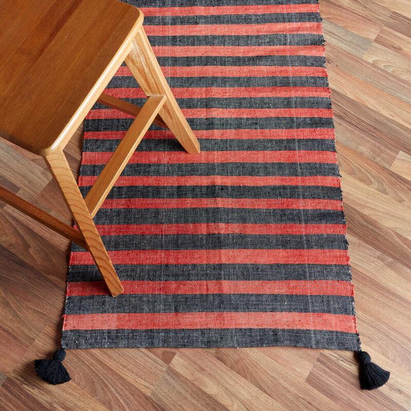 Kandıra Dokuma Kırmızı - Siyah Çizgili Kilim   60 x 125 cm.